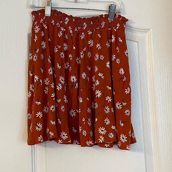 Bixby Nomad Smocked Waist Knit Floral Skirt Sz M